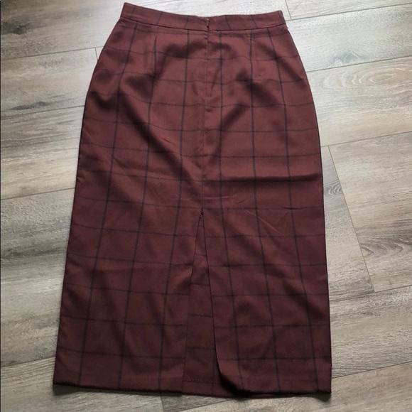 Dresses & Skirts - Skirt purplish red